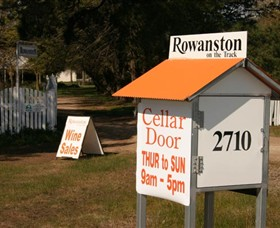 Rowanston on the Track Winery  Bed and Breakfast - Accommodation Sydney