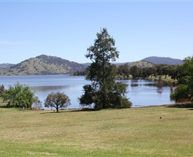 Inland Waters Holiday Parks Grabine Lakeside - Accommodation Sydney