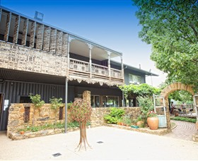 Feathertop Winery - Accommodation Sydney