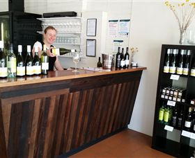 Billy Button Wines - Accommodation Sydney
