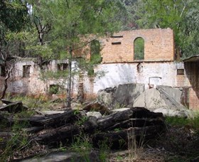 Newnes Shale Oil Ruins - Accommodation Sydney