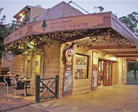 Avoca Beach Picture Theatre - Accommodation Sydney