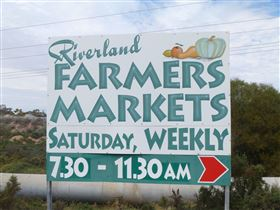 Riverland Farmers Market - Accommodation Sydney