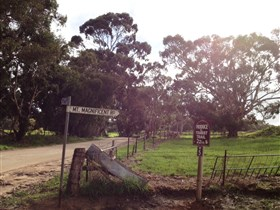 Mount Compass and District Produce and Tourist Trail - Accommodation Sydney