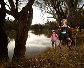 Narrandera Bike and Hike Track - Accommodation Sydney