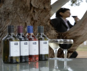 Woolaway Wines - Accommodation Sydney