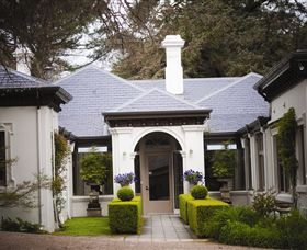 Duneira Mt Macedon - Accommodation Sydney