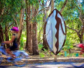 Wagirra Trail and Yindyamarra Sculpture Walk - Accommodation Sydney