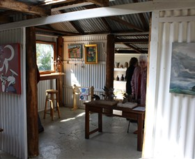 Tin Shed Gallery - Accommodation Sydney