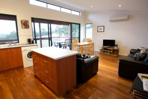 Karrak Reach Forest Retreat - Accommodation Sydney