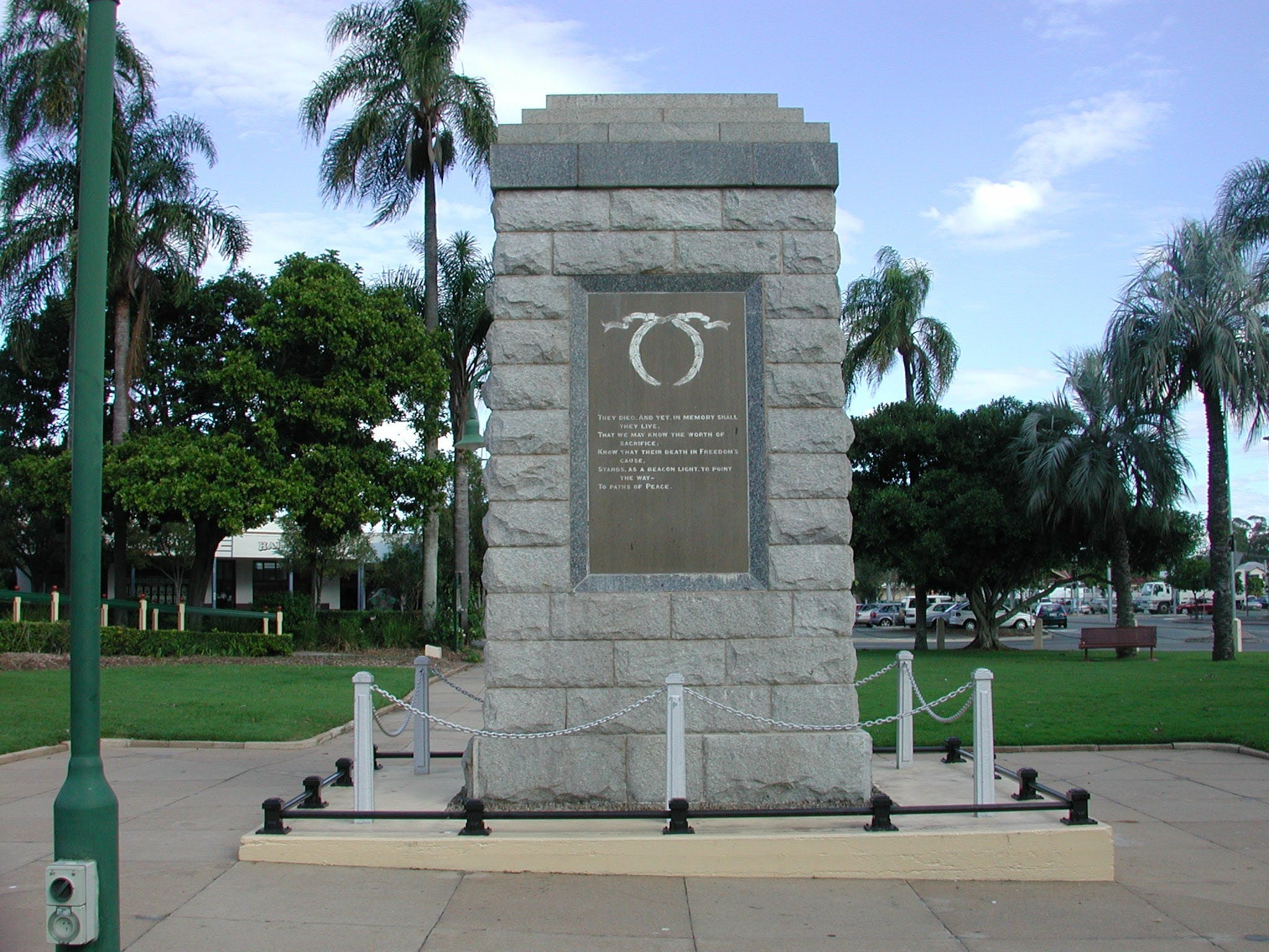 Sandgate War Memorial Park - Accommodation Sydney