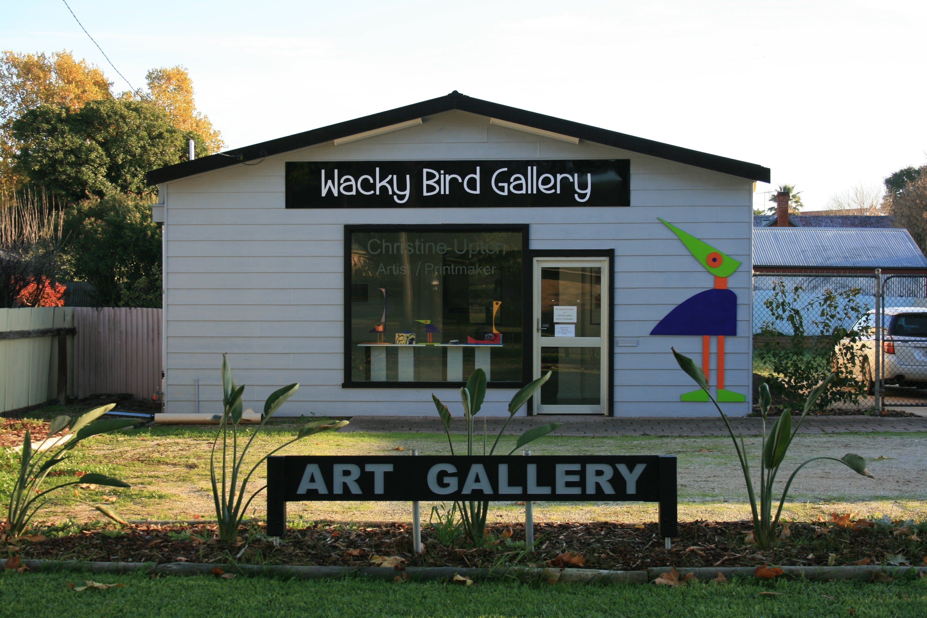 Wacky Bird Gallery - Accommodation Sydney