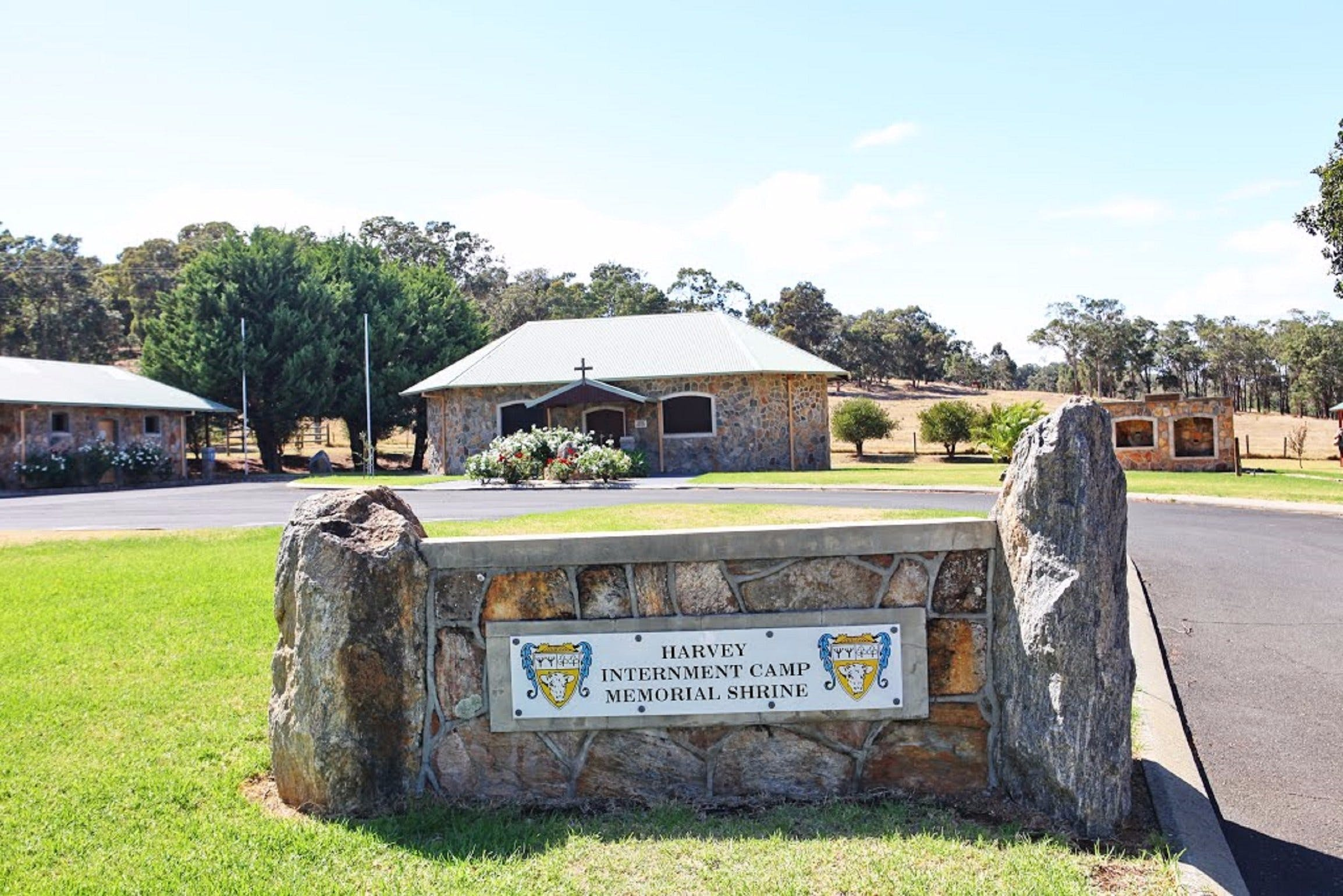 Internment Camp Memorial Shrine - Accommodation Sydney