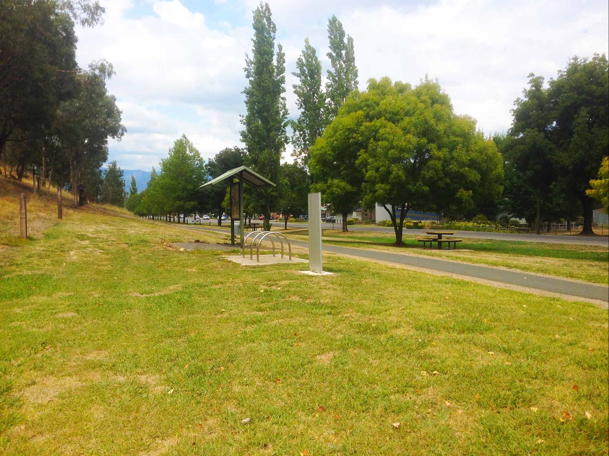 Taylors Gap to Myrtleford 10.5 km - Accommodation Sydney