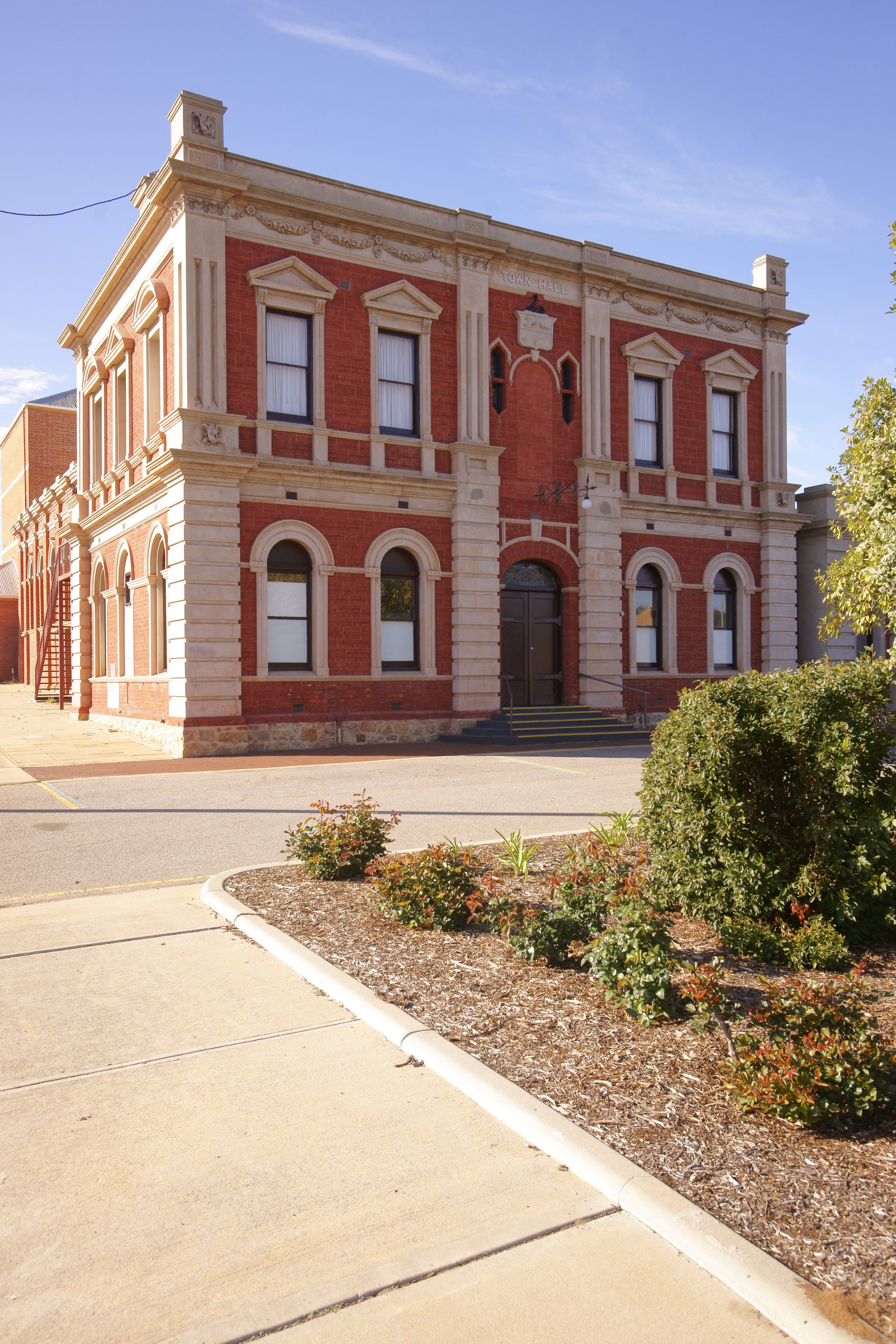Northam Town Hall - Accommodation Sydney