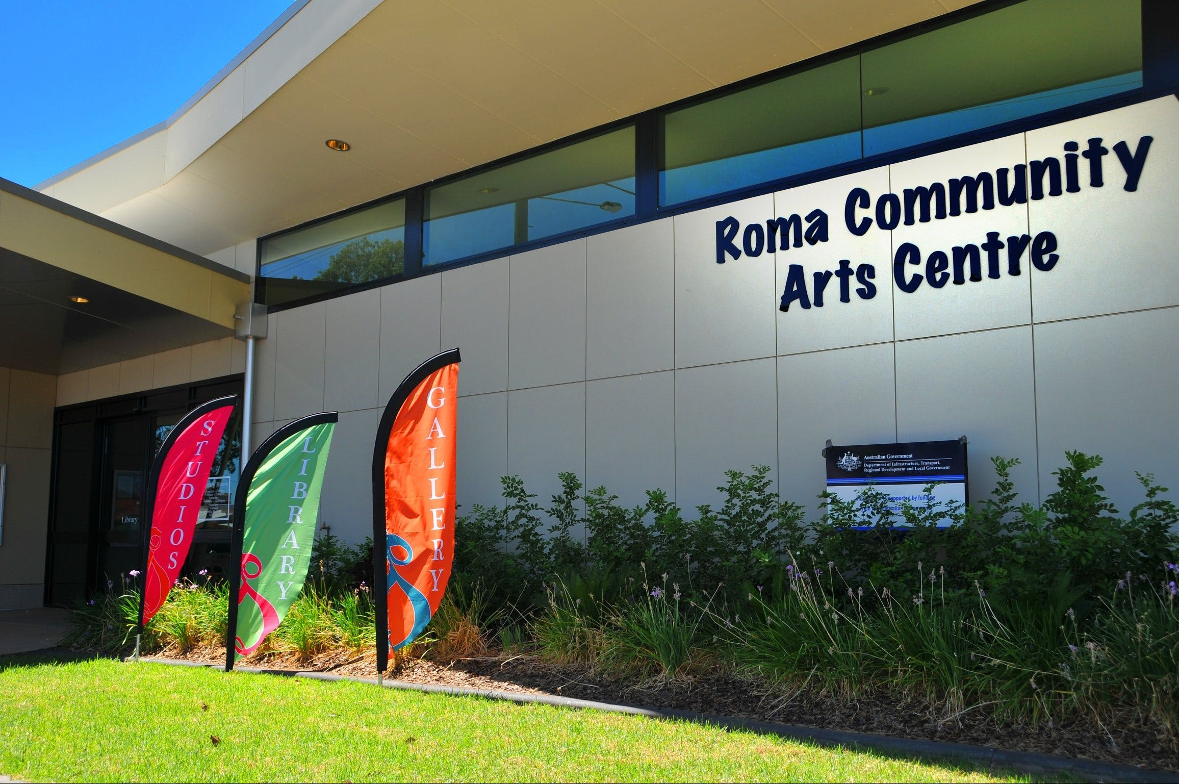 Roma on Bungil Art Gallery and the Walk of Art - Accommodation Sydney