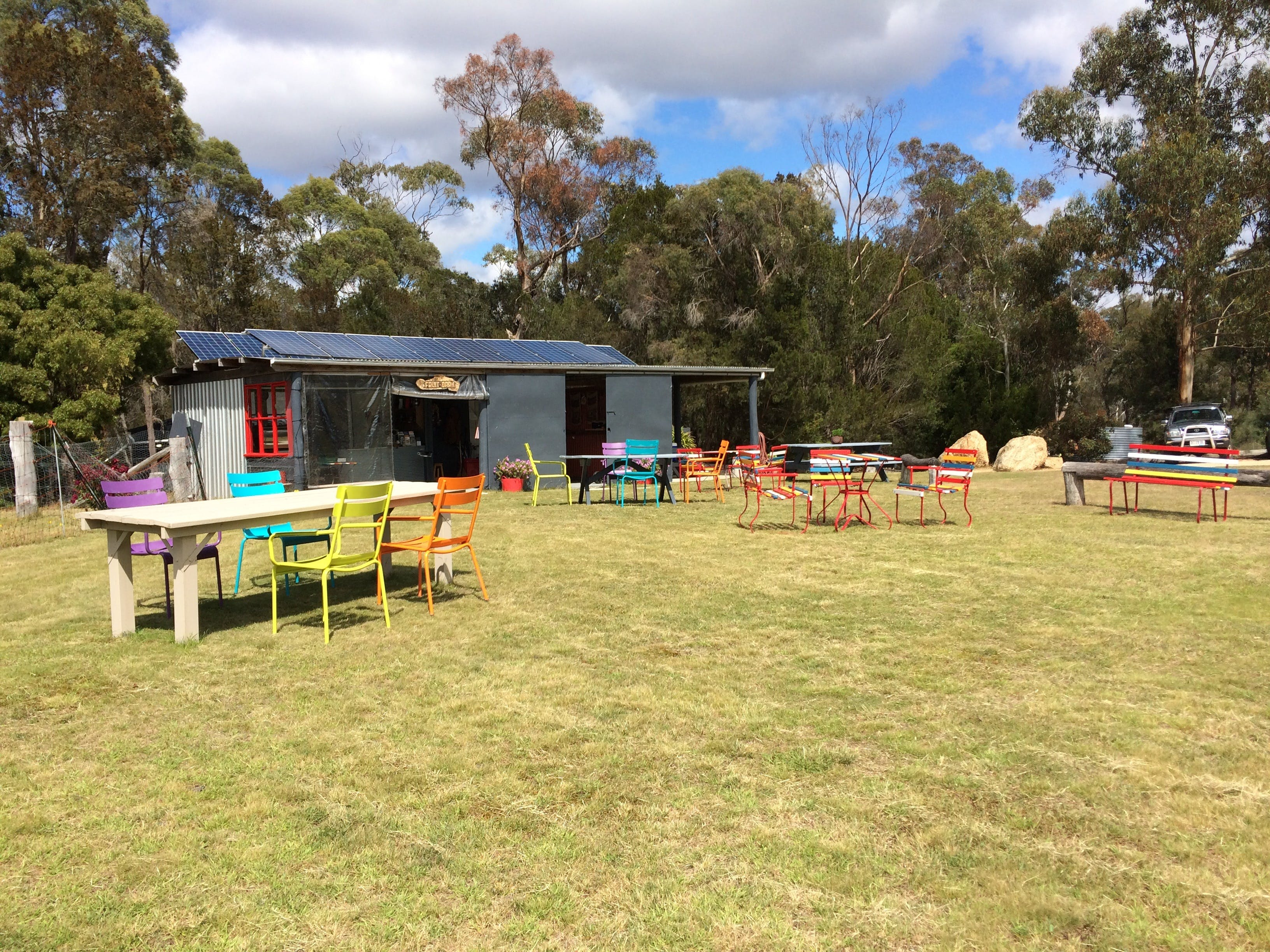 Cerisebrook Orchard and Family Golf - Accommodation Sydney