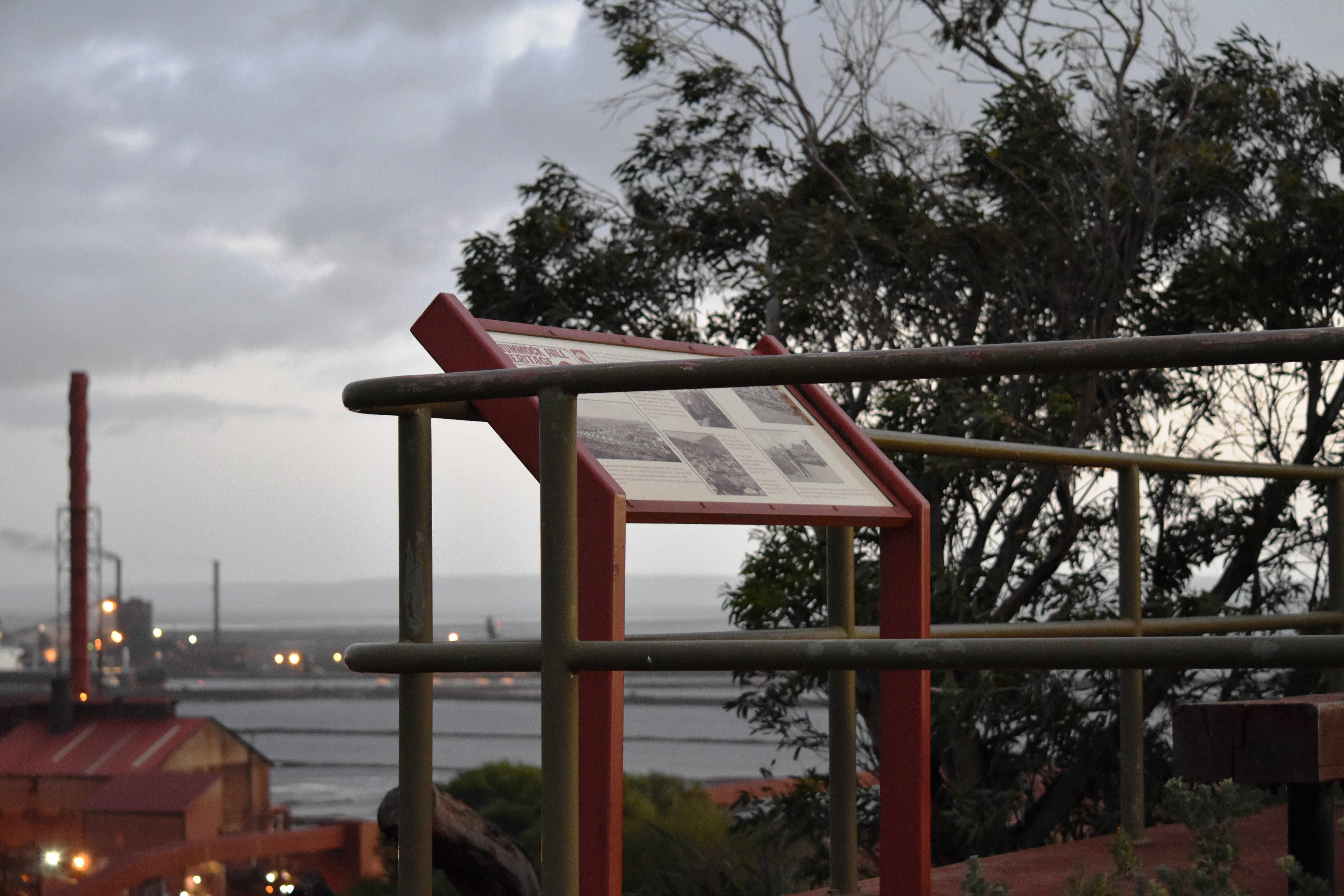 Hummock Hill Lookout - Accommodation Sydney