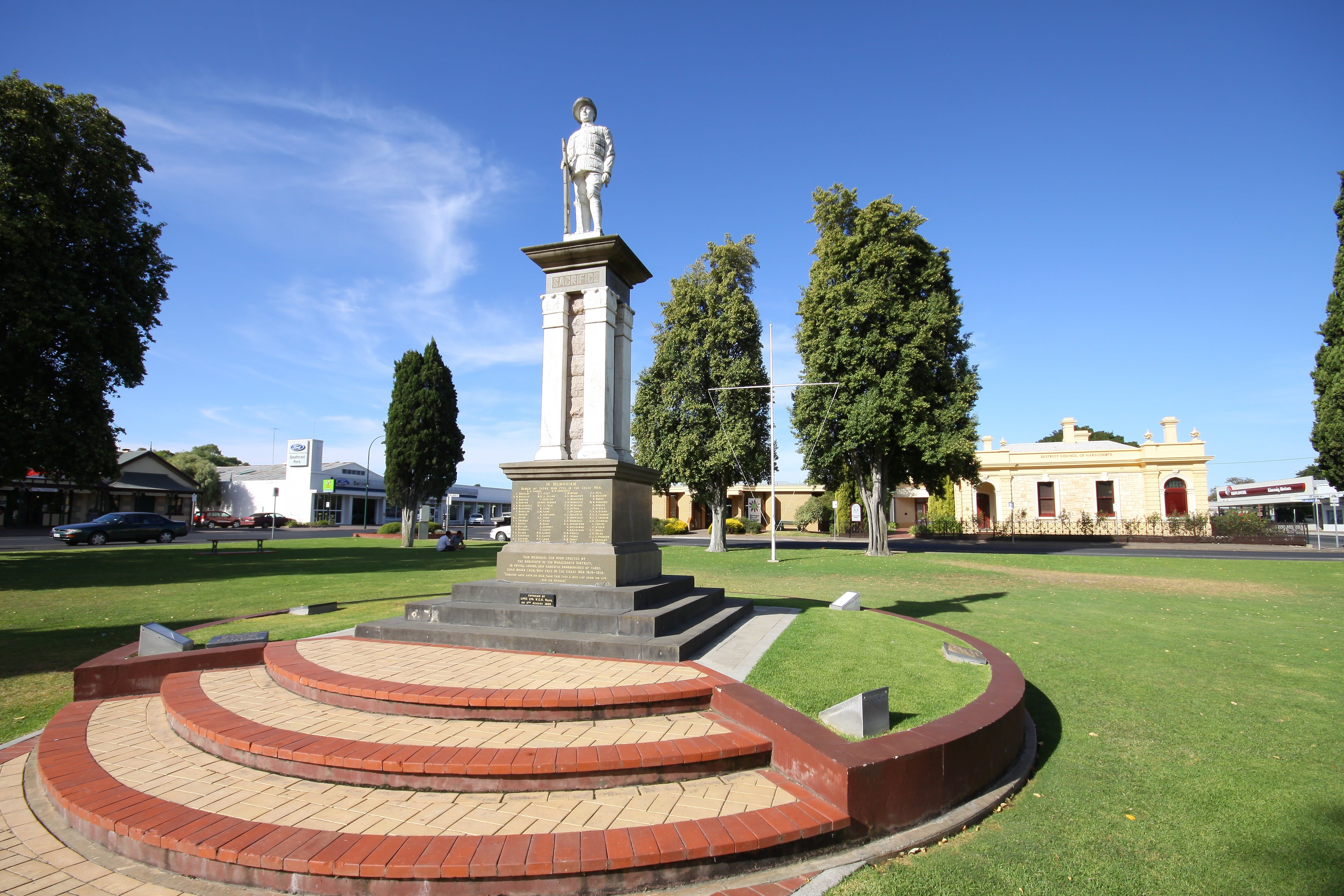 Naracoorte Town Square - Accommodation Sydney