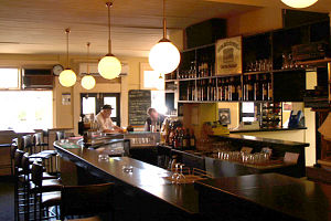 Percy's Bar and Bistro - Accommodation Sydney