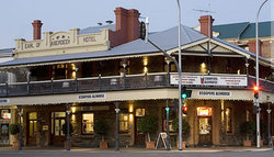 Coopers Alehouse at the Earl - Accommodation Sydney