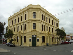 Railway Hotel - Accommodation Sydney