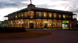 The Grand Terminus Hotel - Accommodation Sydney