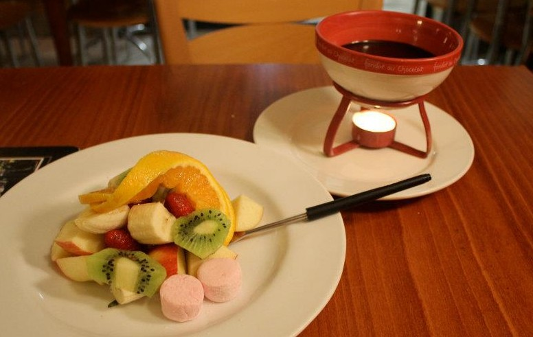 CJ's French Fondue Restaurant - Accommodation Sydney