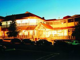 Loxton Community Hotel Motel - Accommodation Sydney