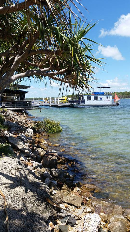 Tin Can Bay Yacht Club Bistro - Accommodation Sydney