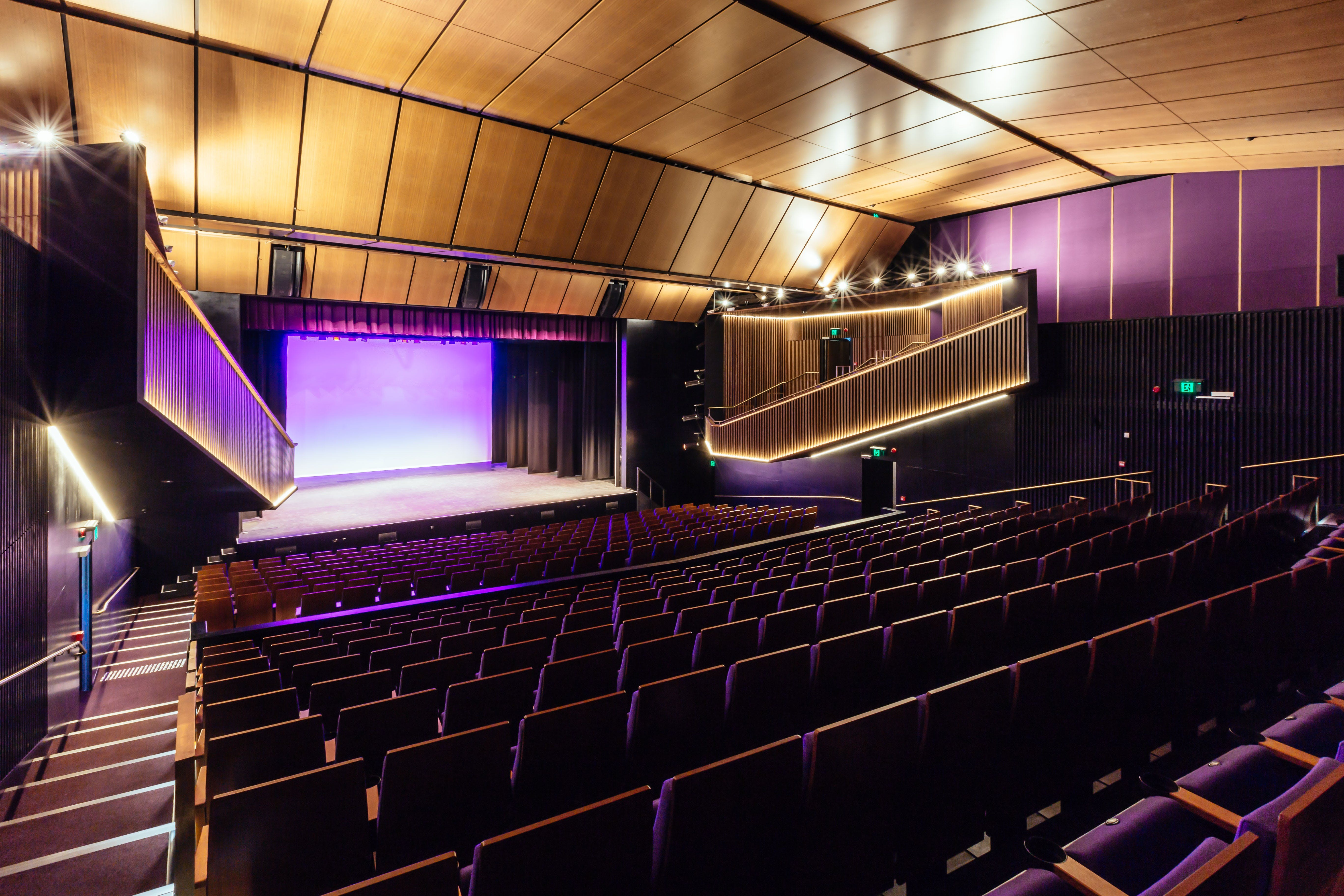 Sydney Comedy Festival Showcase Wyong - Accommodation Sydney