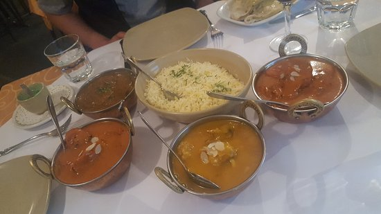 Tandoori  Curry Club - Accommodation Sydney