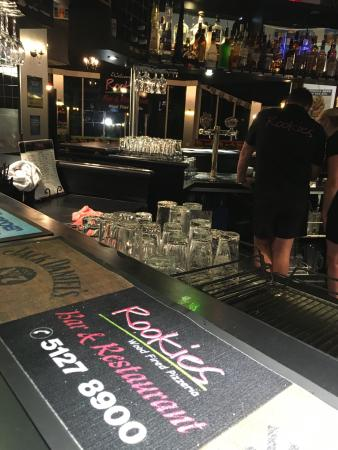 Rookies Pizzeria Bar  Grill - Accommodation Sydney