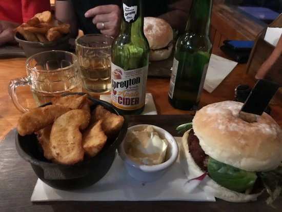 Peppers Cradle Mountain Lodge Tavern Bar  Bistro - Accommodation Sydney