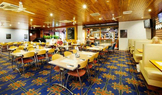 Coutts Commercial Tavern - Accommodation Sydney