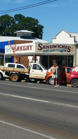 Gayndah Country Bakery - Accommodation Sydney