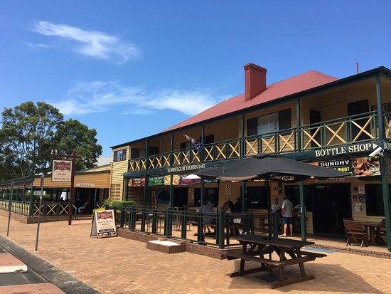 Tumbulgum Tavern - Accommodation Sydney