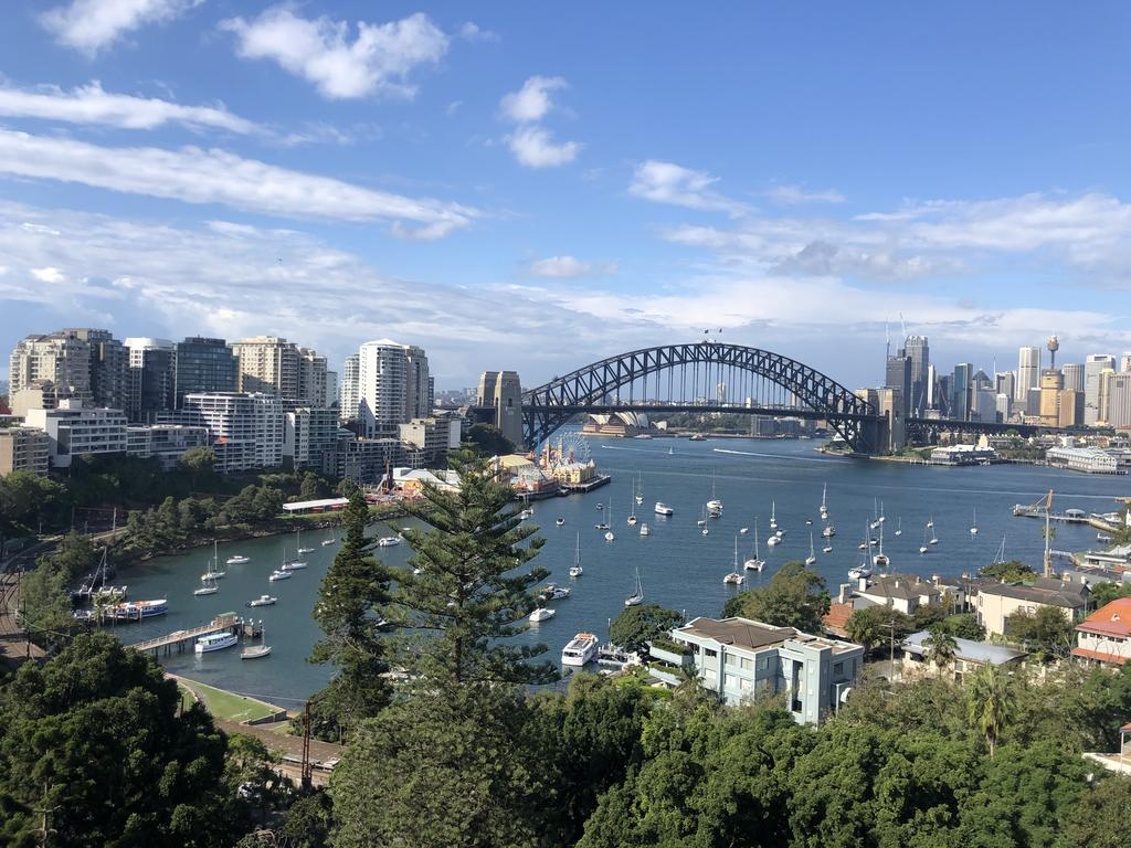 MLB38-Panoramic view Studio near Sydney Harbour Lavender Bay