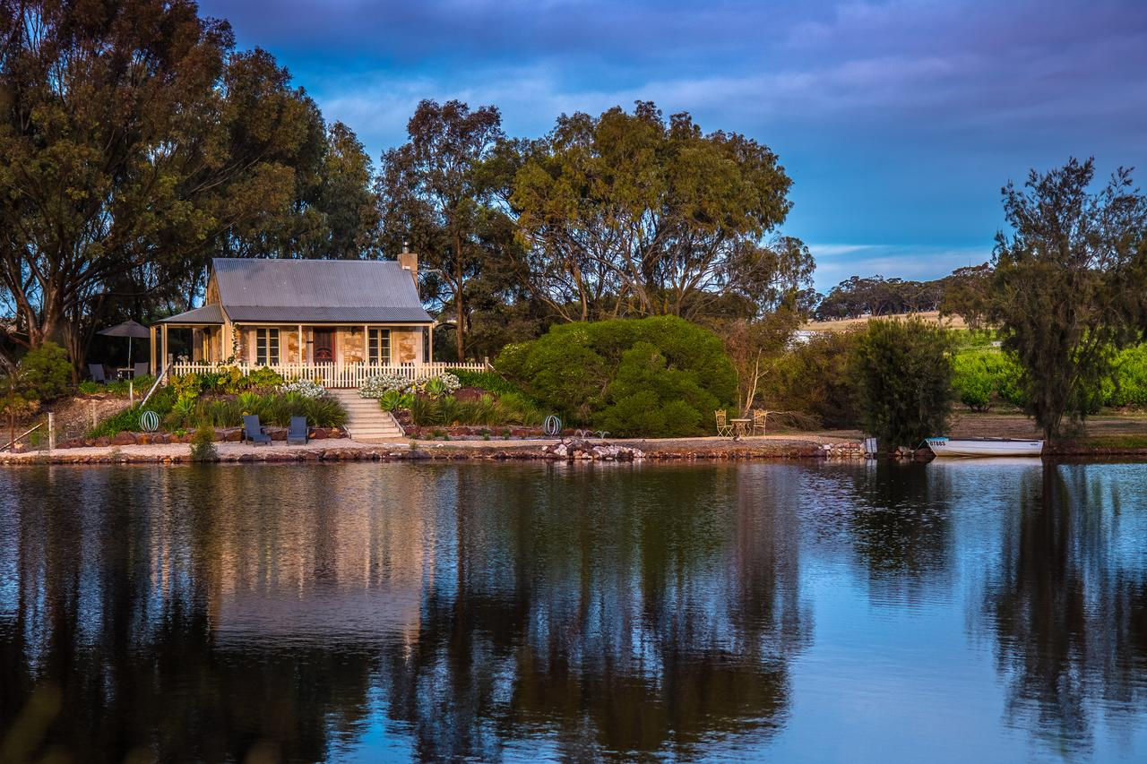 Stonewell Cottages and Vineyards - Accommodation Sydney