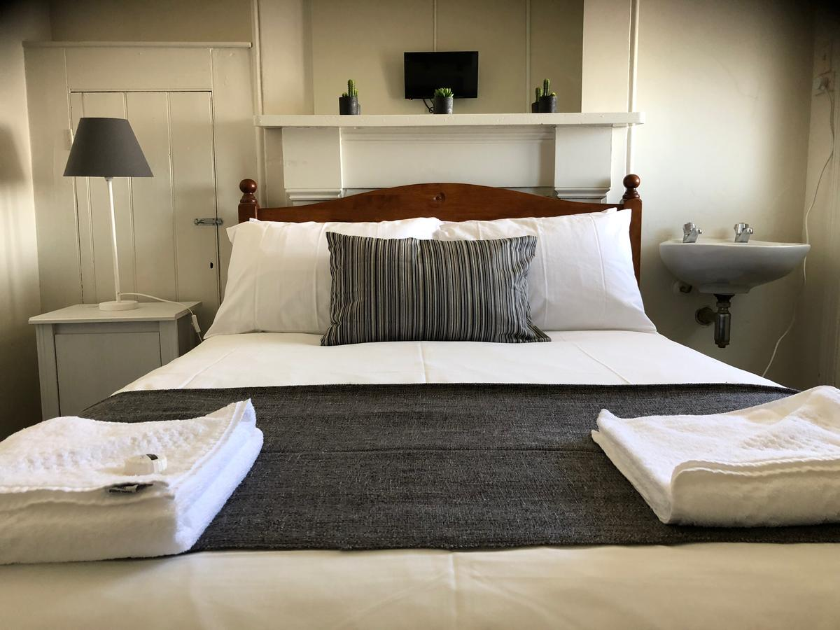 Cornwall Hotel - Accommodation Sydney
