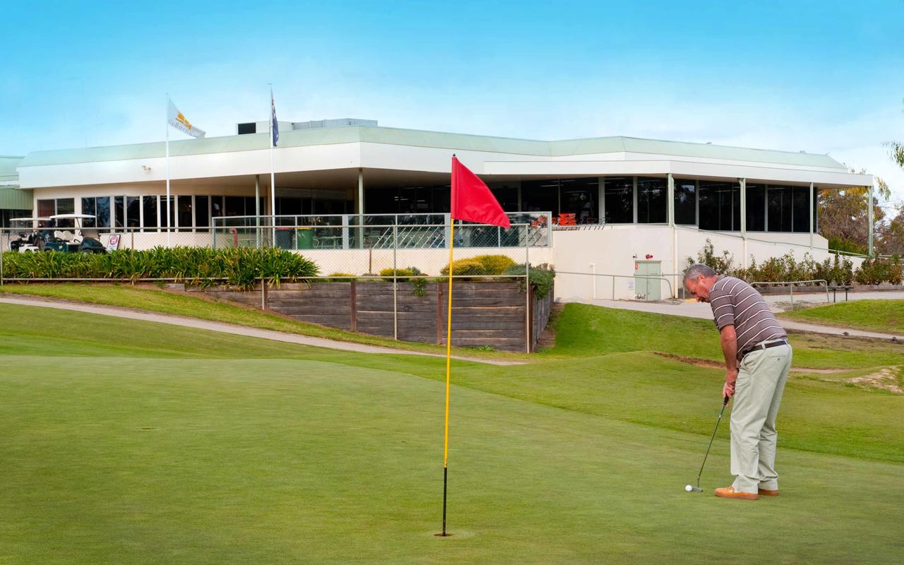 cluBarham Golf Resort - Accommodation Sydney