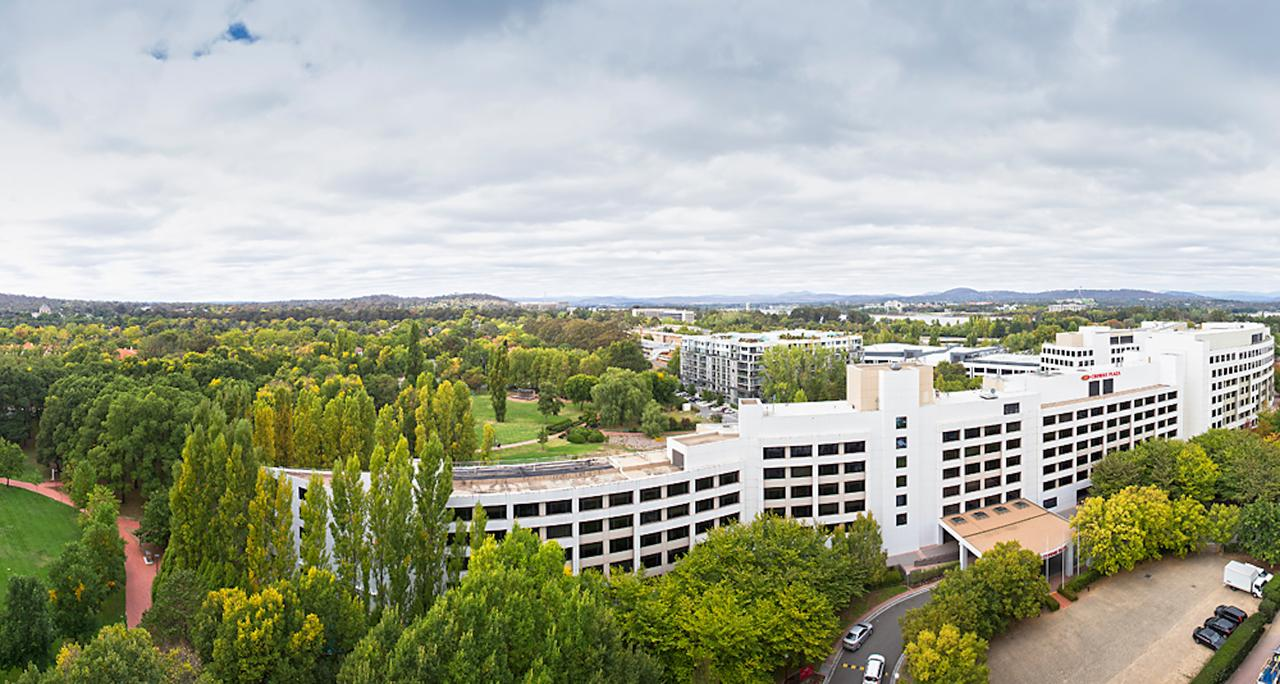Crowne Plaza Canberra - Accommodation Sydney