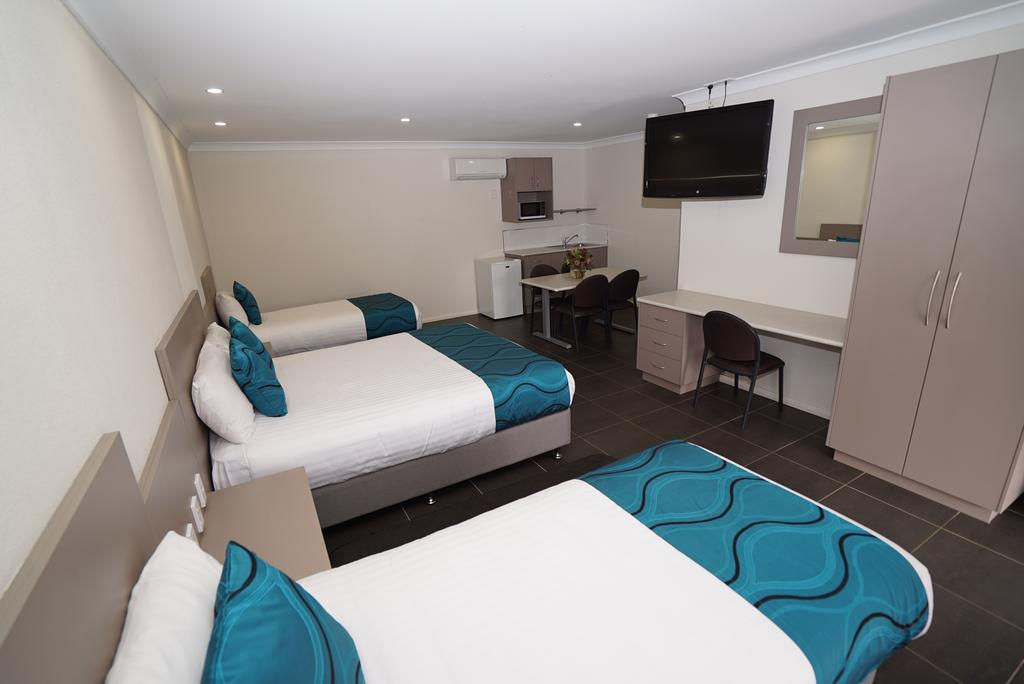 Exies Bagtown - Accommodation Sydney