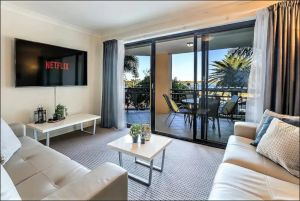 Gold Coast Apartment At Sandcastles On Broadwater - Accommodation Sydney
