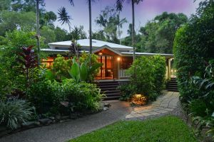 Port Douglas Valley Retreat - Accommodation Sydney