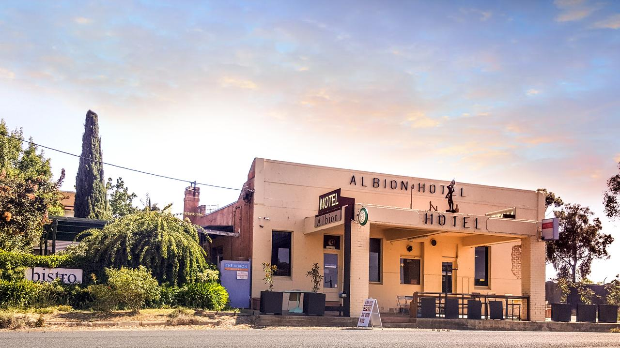 Albion Hotel and Motel Castlemaine - Accommodation Sydney