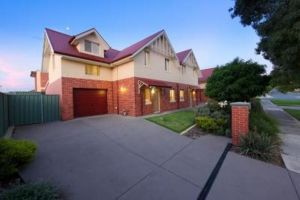 Albury Suites - Schubach Street - Accommodation Sydney