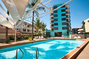 Aqualine Apartments On The Broadwater - Accommodation Sydney